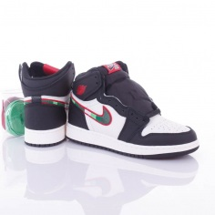 00dc51f23b ... Nike Air Jordan 1 Retro High OG GS (575441-015)